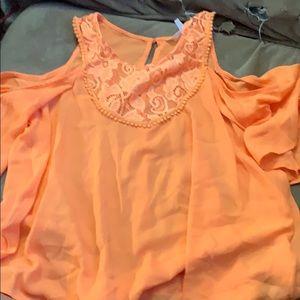 Adorable orange top